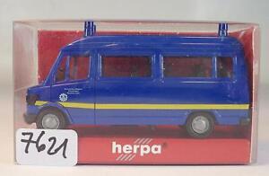 Herpa-1-87-N-042901-Mo-Mercedes-Benz-207-D-bus-THW-Munich-pays-neuf-dans-sa-boite-7621