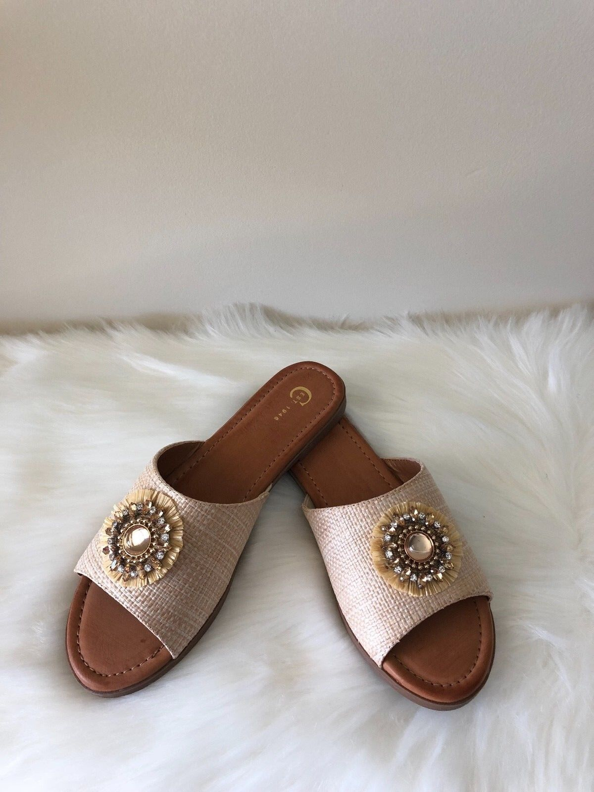 Gentlemen/Ladies Embellished Woven Slide Sandals feature various First batch of customers various feature kinds 7cdd4a