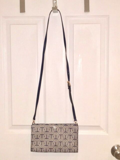 c71686fbc5f8 Tory Burch Parker Geo-t Wallet Crossbody Purse Bag Navy White for ...
