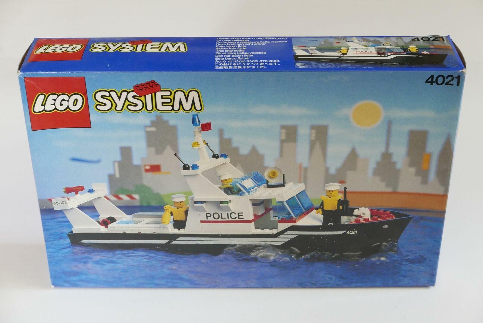 LEGO System Town 4021 PolizeistreifenStiefel NEW Vintage RARE