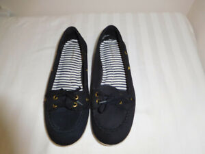 Womens-Rampage-Black-Slip-On-Flats-Loafers-Size-9