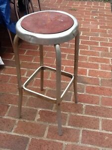 Cool Details About Small Vintage Light Weight Aluminum 24 Stool 11 Round Seat Good Ocoug Best Dining Table And Chair Ideas Images Ocougorg