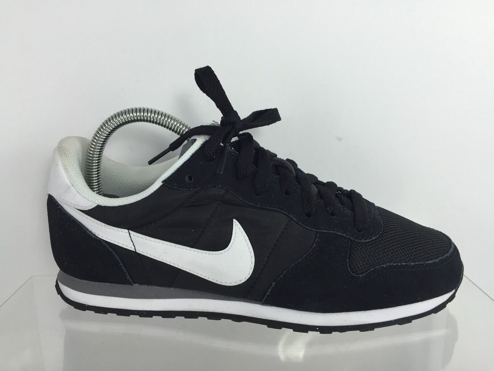 Nike Mens Black Shoes 7