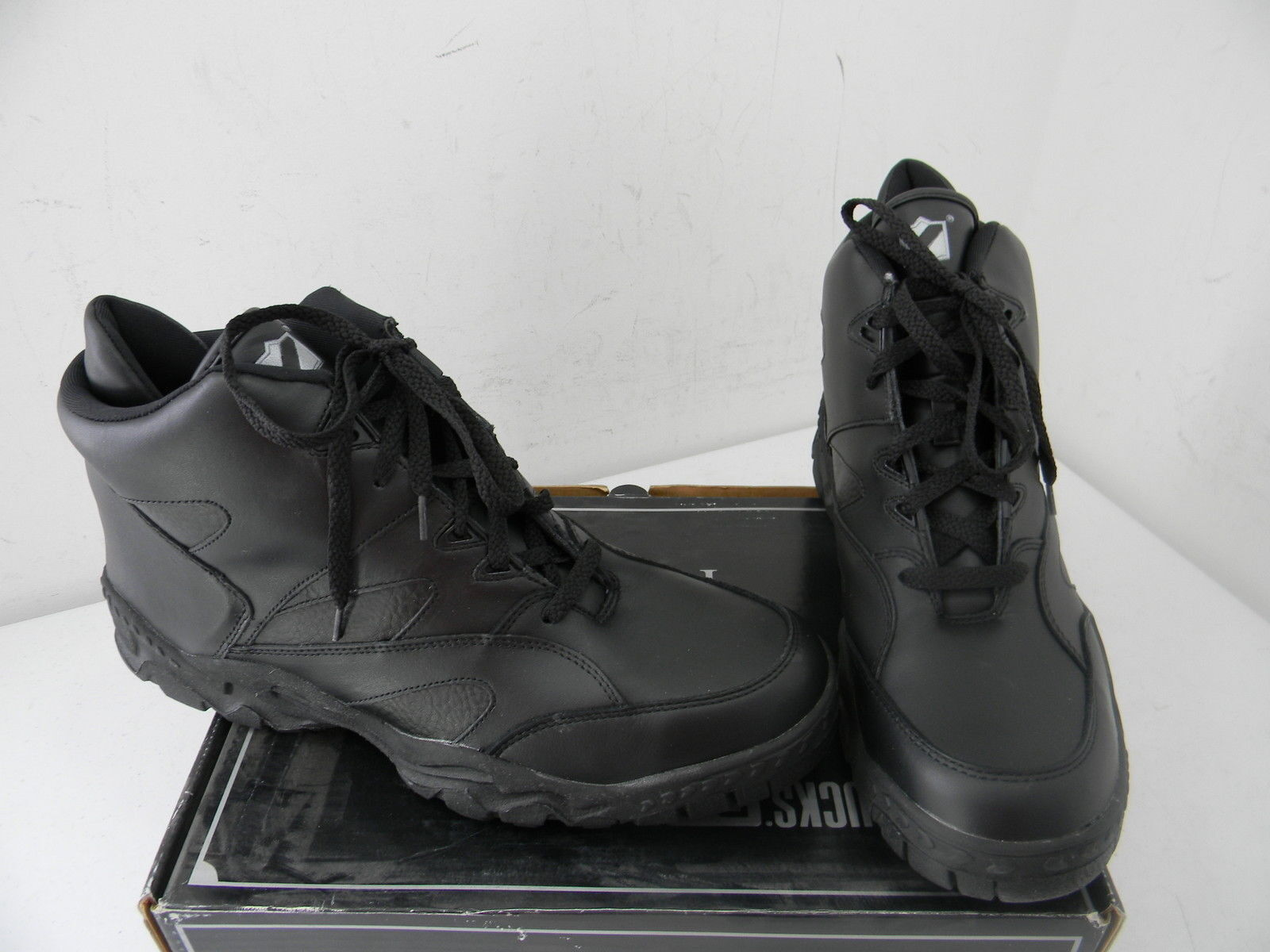 New Men's Rucks PC W4965 Black Tall Athletic - Size 9 1/2 Medium