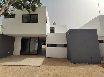 Casa en privada con amenidades en Mérida
