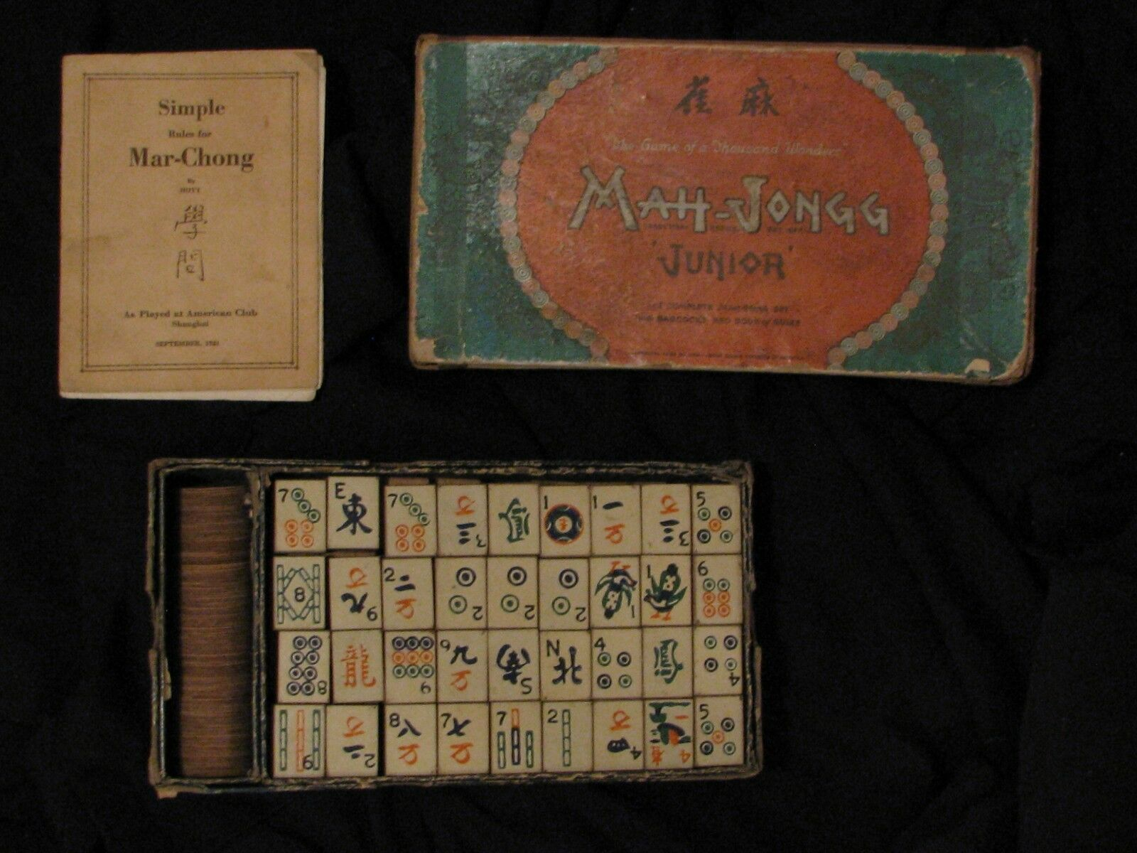 MAH-JONGG JR. VINTAGE 1923, wooden tiles