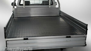 TOYOTA-HILUX-ALLOY-TRAY-MAT-DUAL-EXTRA-CAB-CHASSIS-NEW-FROM-FEB-05