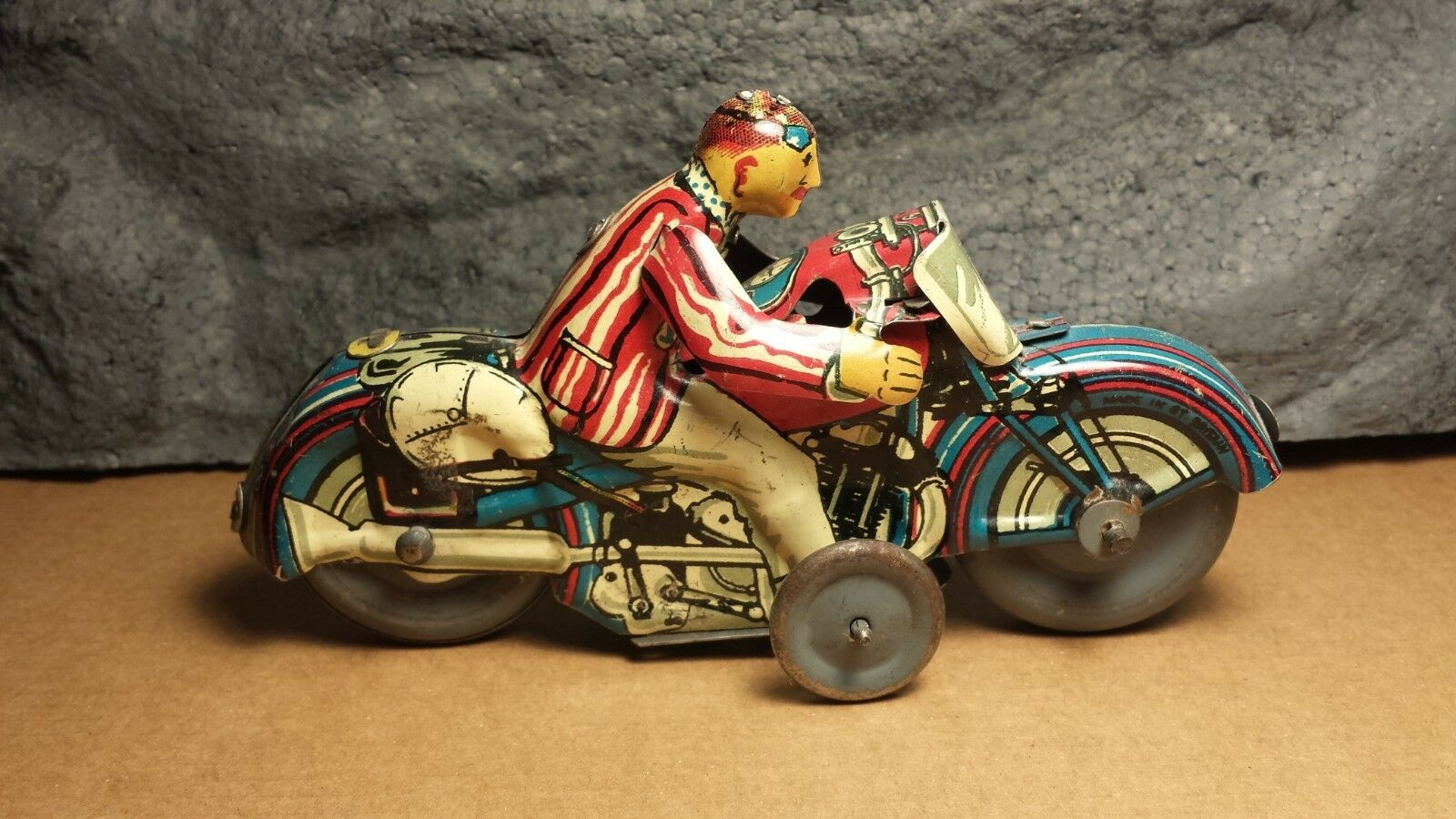 Rare Mettoy   6 6 6  Gentleman Motorcycle   Good Condition   Motor Does NOT Work 036ff7