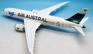 Inflight 200 If7870616 1/200 Air Austral B787-8 Dreamliner F-olrc avec support
