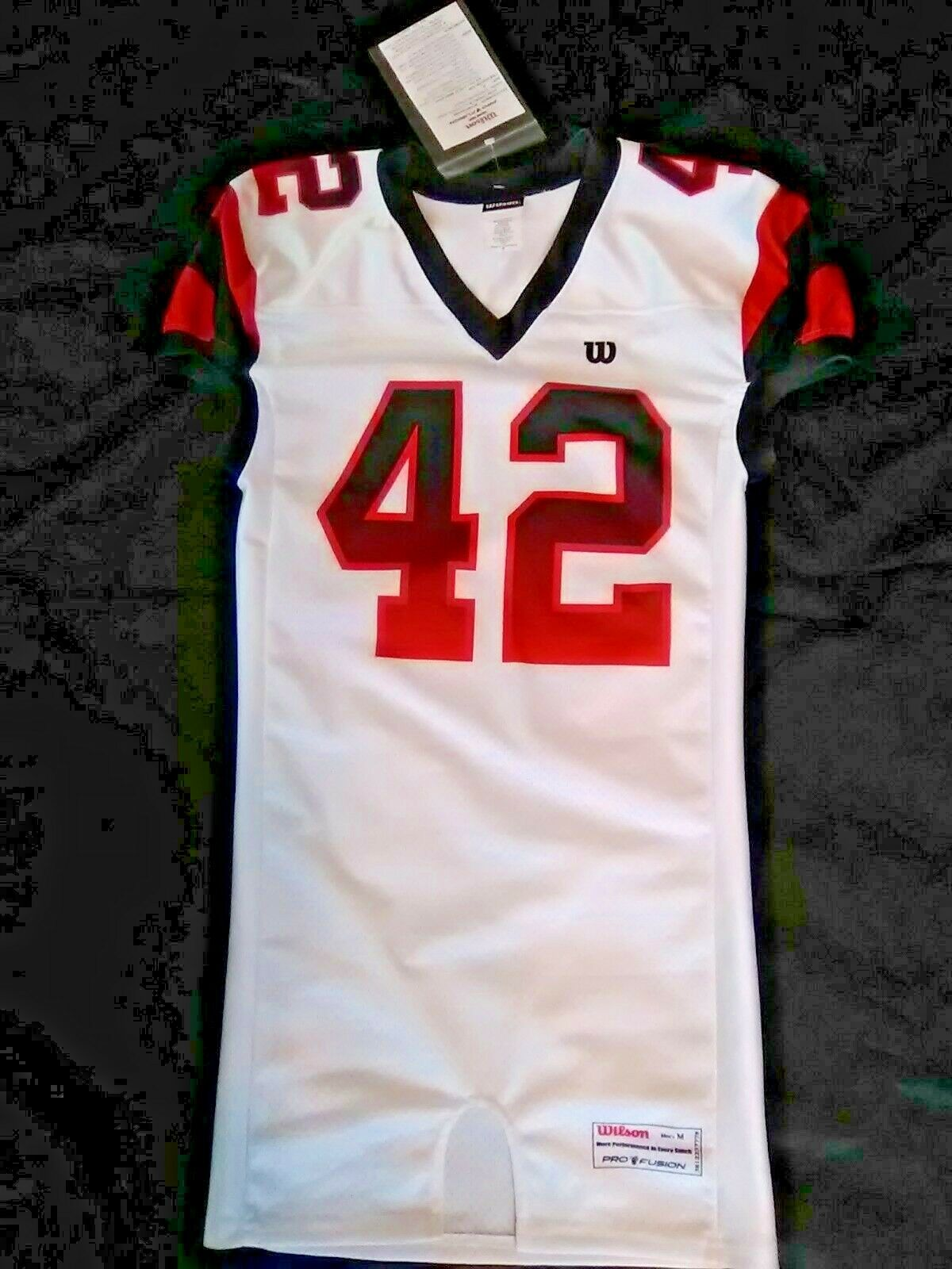 Wilson Pro Fusion Game Cut Football Drive Style Jersey Size Medium NEW w  Tags