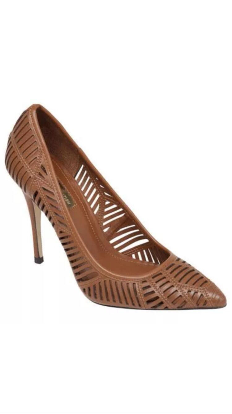 BCBGeneration Ovation Stiletto Stiletto Stiletto Pump 6.5 Pointed Leder Cut out Perforated Braun 98aeea