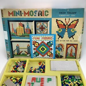 Vintage-Chad-Valley-Mini-Mosaic-Creative-Tile-Game-Toy