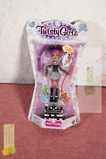 Twisty Girlz Kitty Katt Transforming Doll to Collectible Bracelet with Mystery