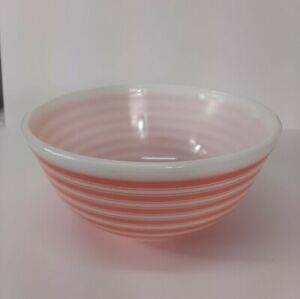 Vintage-Pyrex-Gooseberry-Pink-Striped-Mixing-Bowl-403-2-5-Quart-Glass-Nesting