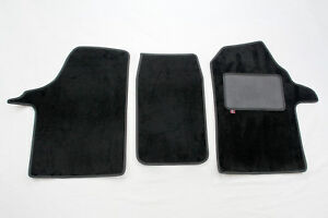 Holden VXR8 Set of four overmats with embroidered HSV logo.