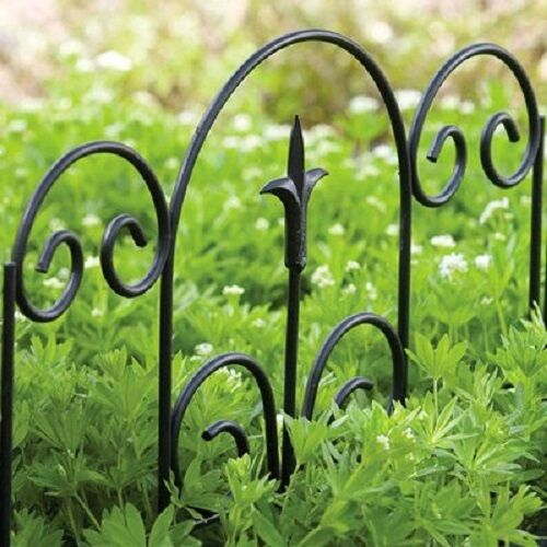 """ea Panacea 89382 16/"""" H x 18.5/"""" W Black Finial Design Garden Border Fence 12"""