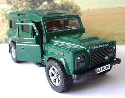 Land Rover Defender White Diecast Boys Dad Toy Model Car Birthday Present Gift