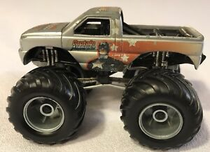 RARE-2005-MUSCLE-MACHINES-MARVEL-CAPTAIN-AMERICA-BIGFOOT-MONSTER-TRUCK-LOOSE