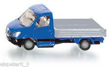 Transporter avec à plateau , Siku Super , Art. 1424 , Nouveauté 05/2013