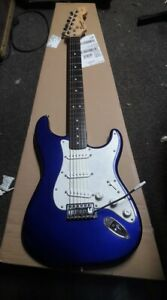 Squier-Stratocaster-Blue-great-bundle-setup-free-freight-Fortmadisonguitars-w0w