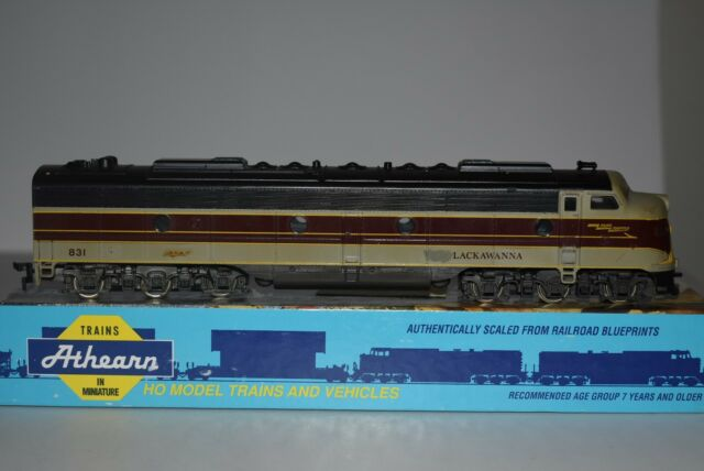HO Scale Rivarossi Erie Lackawanna E8 Powered Diesel Locomotive 831 C5371