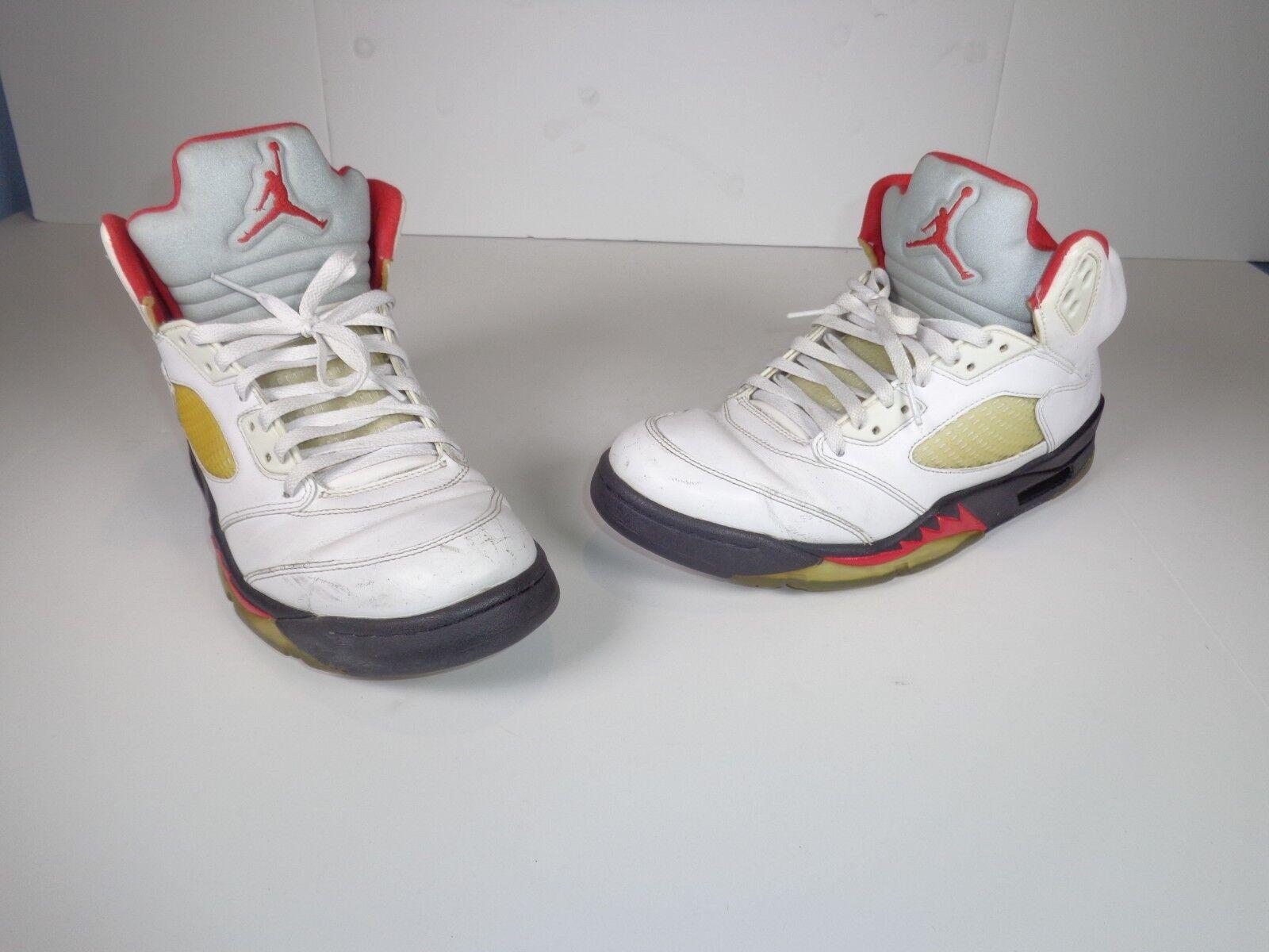 2012 Nike Nike Nike Air Jordan V 5 Retro White Fire Red Black Sneakers 136027-100 Size 11 8c3b01