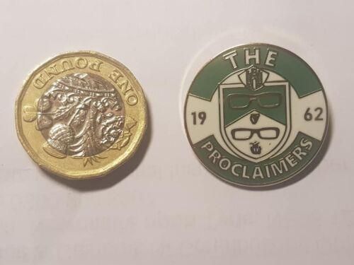 The Proclaimers badge-Hibernian-Hibs-Music-Scotland-Twins.Edinburgh castle