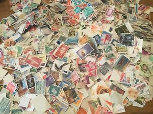200-WORLD-STAMPS-OFF-PAPER-UNCHECKED-FOR-SORTING-vintage-modern