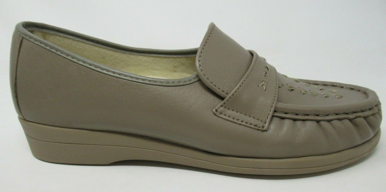 SOFTSPOTS WOMEN'S VENUS LITE TAUPE LEATHER SLIP-ON COMFORT LOAFERS SHOES 8/N
