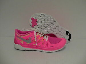 300b1ca68 Womens Nike free 5.0 (GS) running shoes size 6 Youth 820652769588