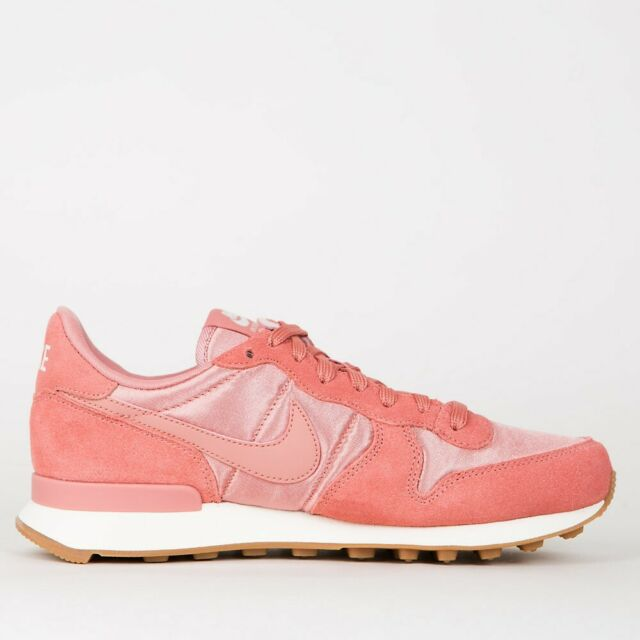 Nike Womens Internationalist Gr:37,5 Sneaker Red Star 828407 610 saku x road neu