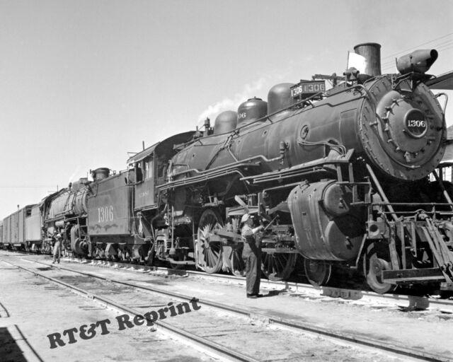Historical Photograph Locomotive #1306 Atchison Topeka & Santa Fe Railroad 1943
