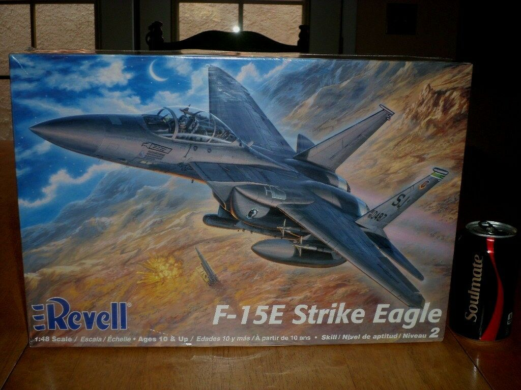 [U.S.A.] F-15E STRIKE EAGLE Fighter Plane, Plastic Model Kit, Scale 1 48,VINTAGE