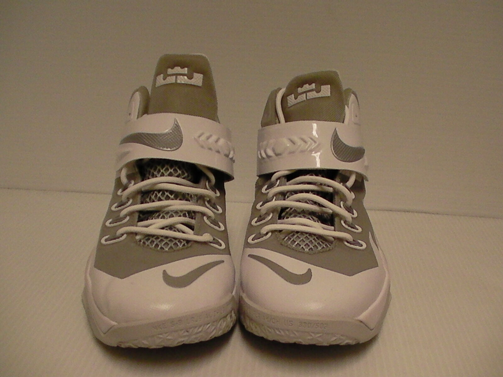 check out f61e0 9d0af ... Nike shoes soldier viii (GS) (GS) (GS) size 5 Youth ...