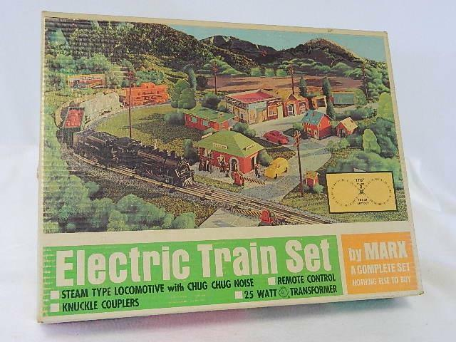 Vintage For Parts Marx O Scale Electric Train Set in Box with Accessories