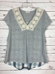 Entro Boutique Women's S Small Gray Blue Lace Short Sleeve Spring Top Shirt Tee
