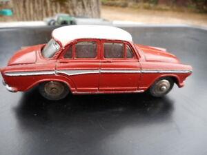 Dinky Toys Fabriqué En France Simca P 60