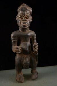 50613-Alte-Figur-der-Bamun-Kamerun-Afrika
