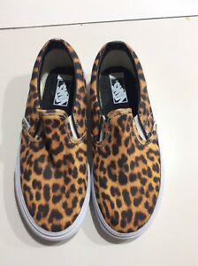 26fb027e9907c8 Vans U Classic Slip-On Digi Leopard in Black True White Kids Size 1 ...