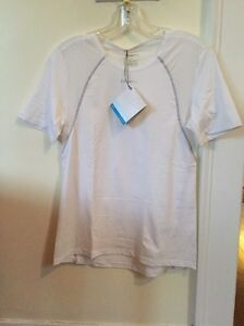 New Women's Craft Cooling Concept Base Layer Size Medium White Short Sleeve