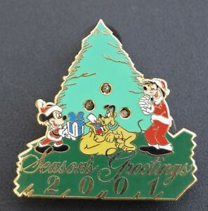 Disney World Cast Holiday Christmas Tree Blinking Lights Pin