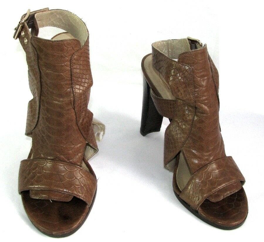 STUART WEITZMAN Sandals heels 4 1 2in all brown leather camel 39