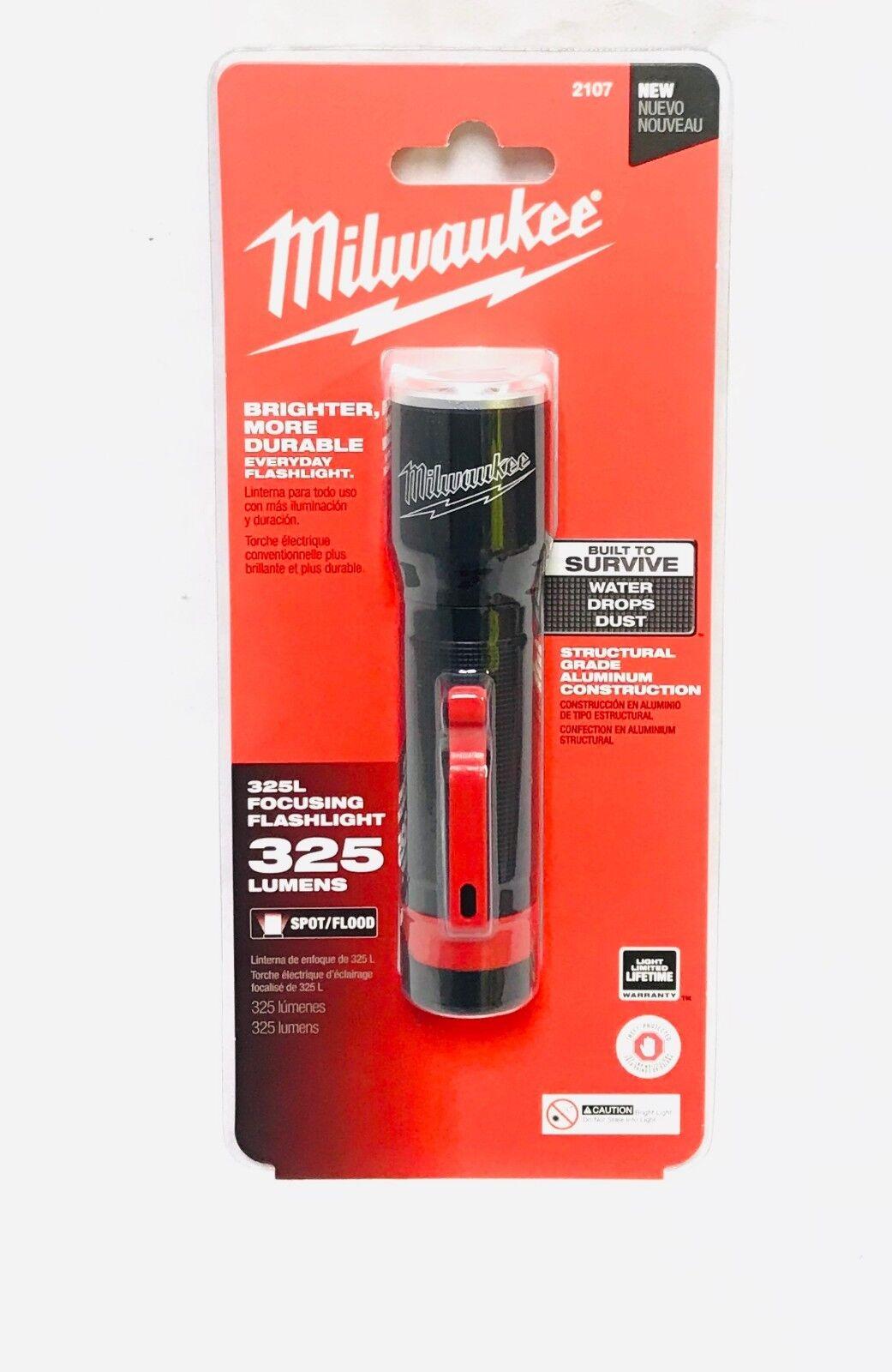 Milwaukee 2107 325L Focusing Flashlight New