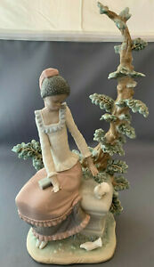 Lladro-Black-Legacy-Harmony-Girl-With-Doves-Figurine-5159-Rare