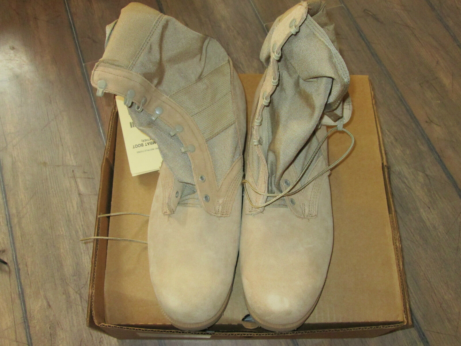 US Army Desert Combat Boots NEU Army Vibram Sohle Size 15,5 XW Gr. 51 Stiefel