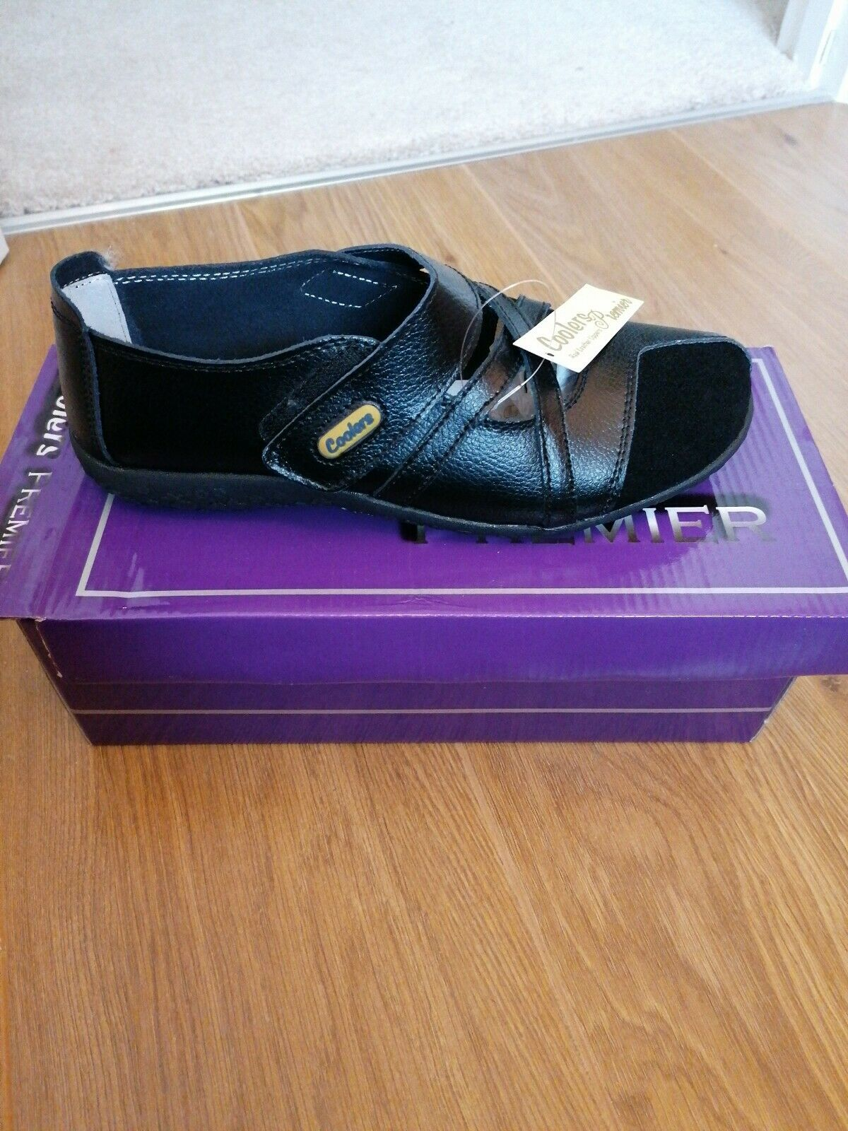 Ladies Coolers Premier Black Shoe Size 4 Easy Fastening New With Box