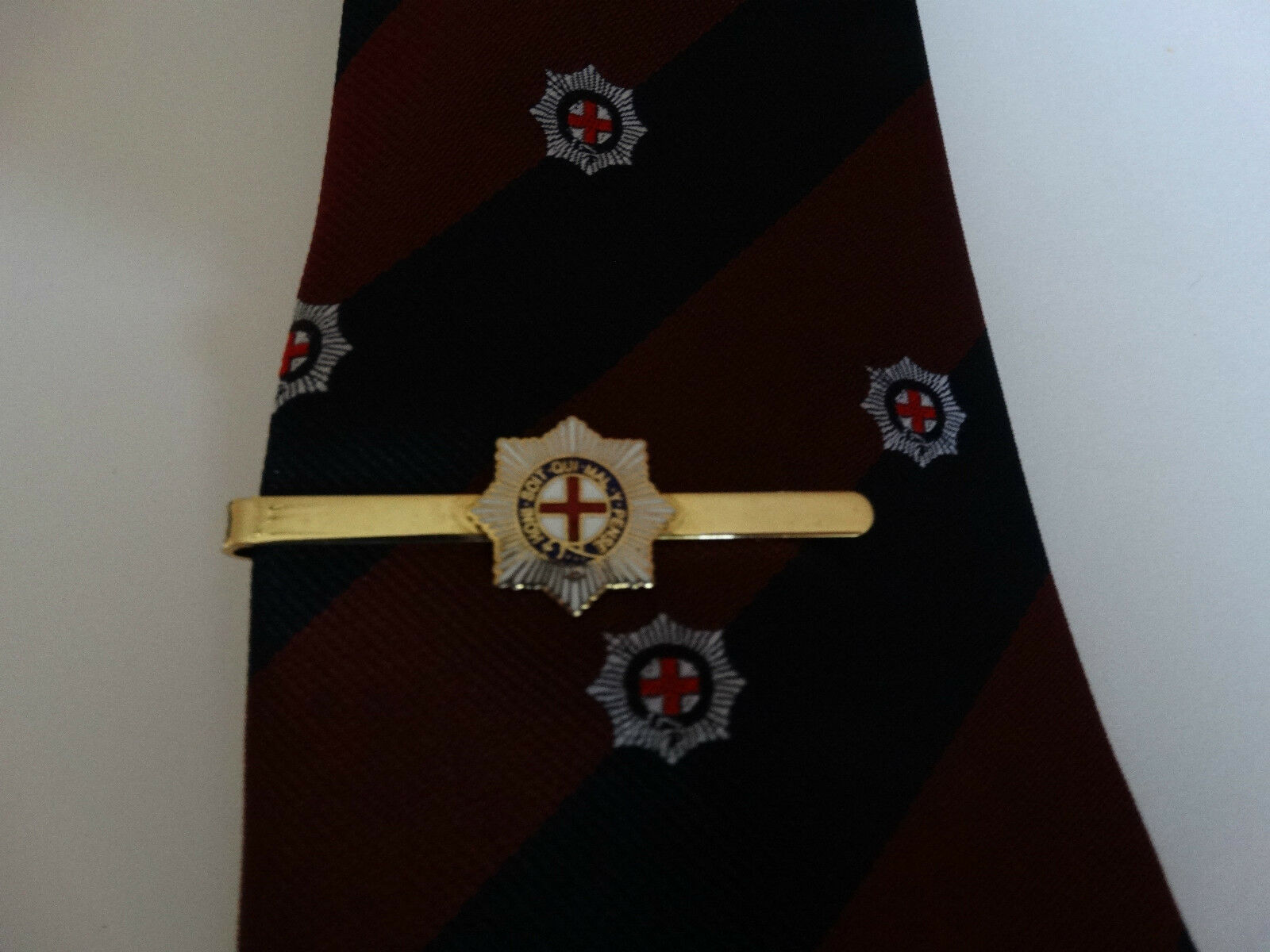 COLDSTREAM GUARDS Tie Grip and Coldstream Guards Motif Tie Gift set