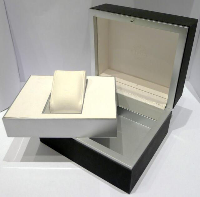 ORIGINAL IWC BOX für ARMBANDUHREN - SCHWARZ / SILEBR - ca. 2000er Jahre