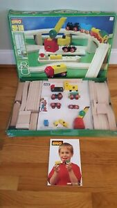 New-Sealed-Vintage-Brio-33143-Wooden-Train-Truck-Track-Crane-and-Freight-Set