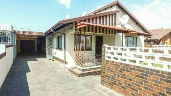 5 BEDROOM FAMILY HOME WAITING TO BE OCCUPIED!